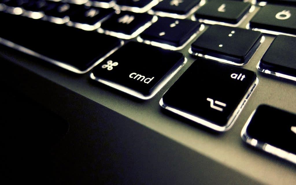 Macbook A1342 klavye değişimi